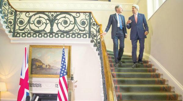 کری اسد را به مذاکره فرا می خواند و خواستار حمایت روسیه و ایران می شود