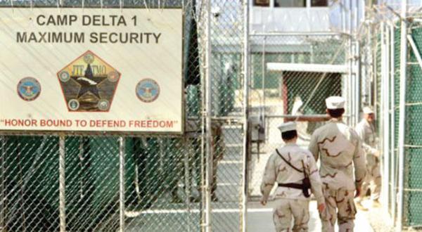 وکیل بازداشت شدگان گوانتانامو: به بسته شدن زندان قبل از خروج اوباما خوش بین هستم