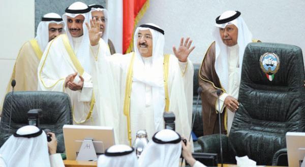 تأکید امیر کویت بر وحدت برای مقابله با تروریسم و « فرقه گرایی نفرت انگیز»