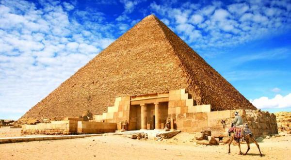 هرم خوفو در مصر