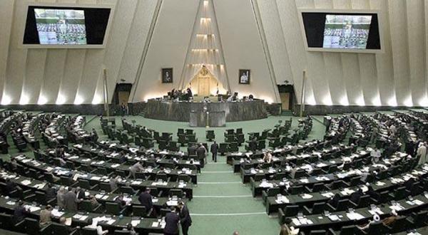 مقامات ایرانی از «له له زدن» تهران پشت ریاض انتقاد می کنند