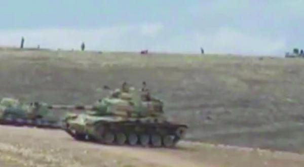 تصویری از ویدیویی که شبکه تلوزیونی کردی «روداو» پخش کرد و بخشی از گسترش نظامی ترکیه در نزدیکی موصل را نشان می دهد