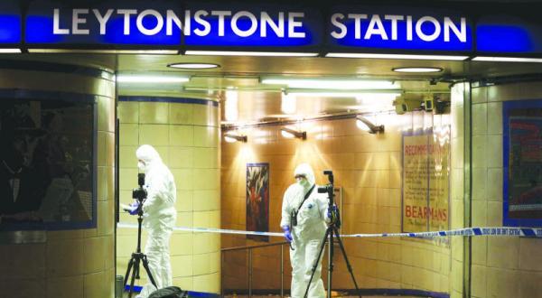 رسیدن تروریسم به لندن با «حادثه ای با سلاح سرد».. ۷۰۰ پلیس برای تأمین امنیت مترو