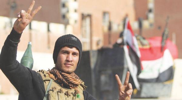 «پیروزی» بغداد در الرمادی… بمباران ترک ها در نزدیکی موصل توسط «داعش»