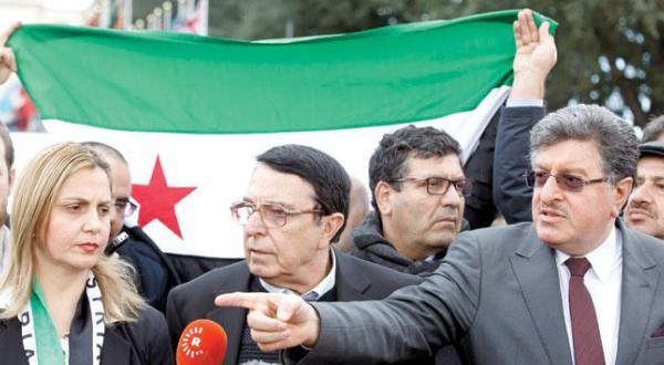 اسد عملیات نظامی را افزایش می دهد و عملیات دیپلماتیک را مختل می کند… تبادل اتهامات میان انگلیس و روسیه