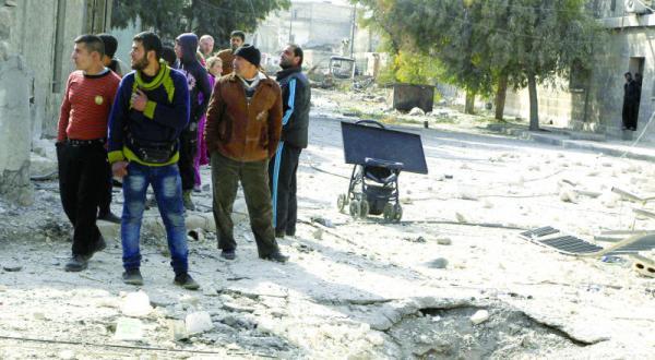 خامنه ای: کشته شدگان سپاه پاسداران در سوریه قربانی انقلاب ایران هستند