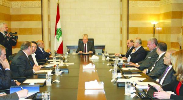 «بازی کلامی» از فروپاشی دولت لبنان جلوگیری می کند