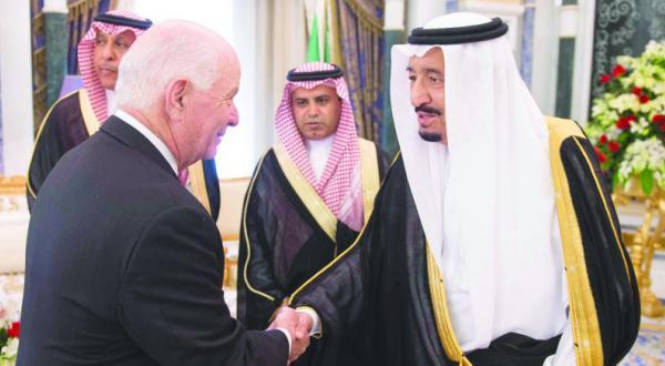 پادشاه و ولیعهد عربستان سعودی با هیئتی از کنگره آمریکا دیدار می کنند