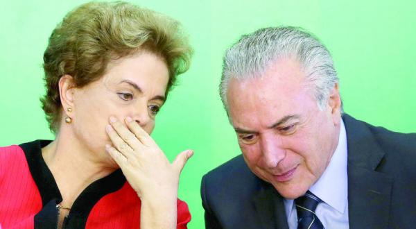 دیلما روسف رئیس جمهور برزیل در حال سخن گفتن با معاونش میشل تامر که قرار است ماه آینده جانشین وی شود – عکس از رویترز