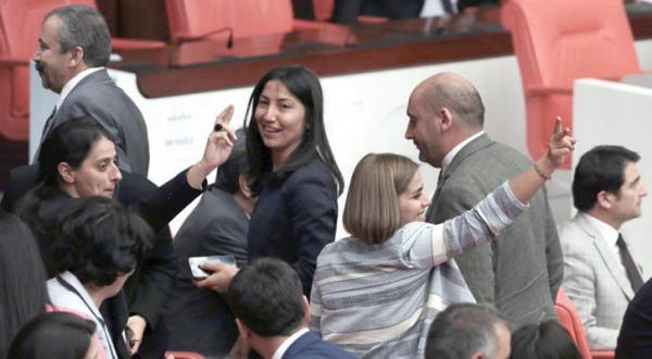 یک چهارم نمایندگان پارلمان در ترکیه فاقد مصونیت قضایی