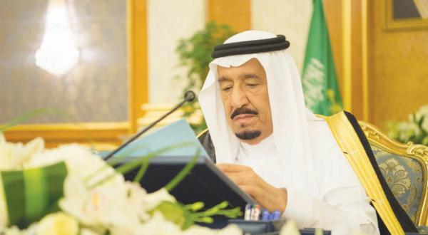 ملک سلمان در آستانه نشست شورای خلیج خواستار همکاری بیشتر می شود