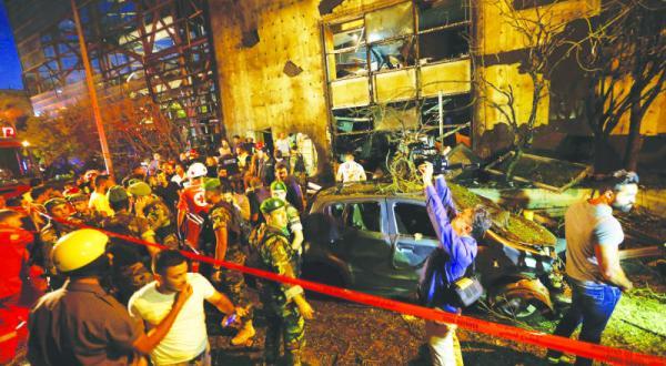 بمب گذاری «هشداری» برای بخش بانکی در بیروت