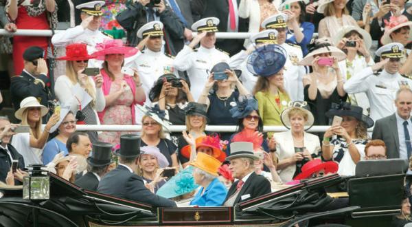 """پیروزی خلیجی در مسابقات اسب دوانی """"رویال اسکات"""" در بریتانیا"""
