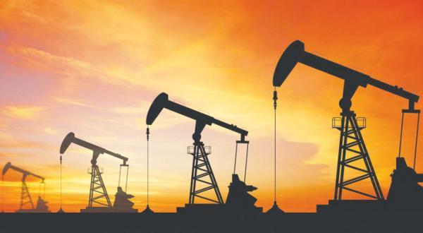 کاهش ذخیره نفتی عربستان سعودی در نتیجه افزایش فروش فوری