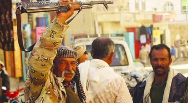 حوثی ها به نقض آتش بس و ربودن یمنی ها ادامه می دهند