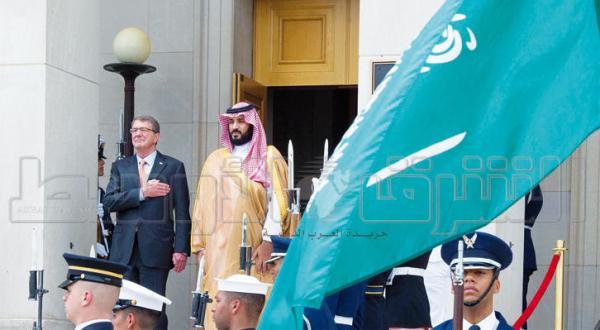 شاهزاده محمد بن سلمان جانشین ولیعهد عربستان سعودی با اشتون کارتر، وزیر دفاع آمریکا