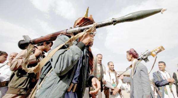 یمن مسؤل یمنی: حوثی ها در سال ۲۰۱۵ یک میلیارد دلار برای استخدام نیرو  صرف کردند
