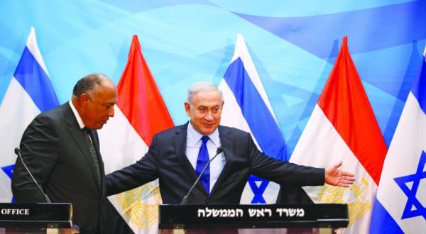 سامح شکری وزیر خارجه مصر در کنفرانسی مطبوعاتی با بنیامین نتانیاهو نخست وزیر اسرائیل در تل آویو – عکس از رویترز