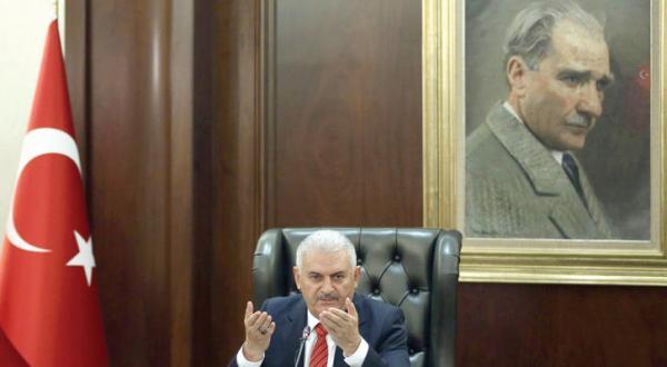 یک روز دیگر حرف و حدیث در مورد همگرایی «آنکارا – دمشق»