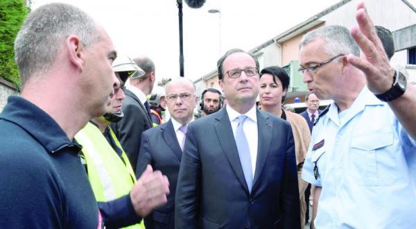 فرانسه بار دیگر خنجر می خورد… اولاند: خواهیم جنگید