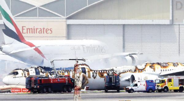 دبی از یک فاجعه هوایی نجات یافت