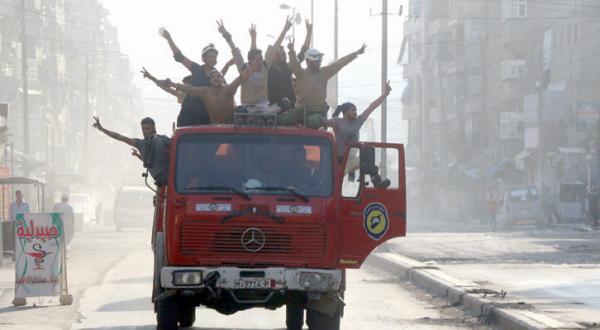 حلب در حال فروپاشی.. بمباران روسیه برای جلوگیری از فروپاشی آن