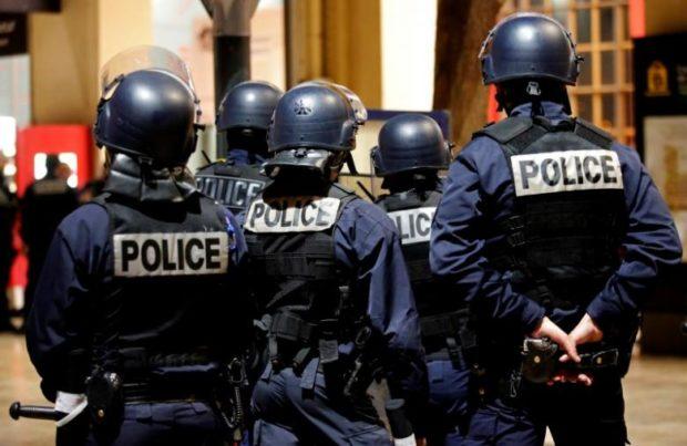 دختر ۱۶ ساله به اتهام همکاری با تروریست در فرانسه دستگیر شد