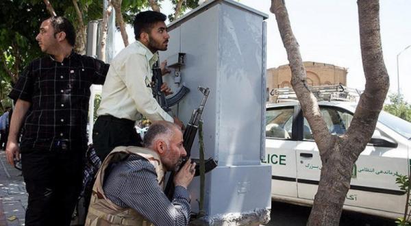 دو حمله به مجلس و آرامگاه خمینی ۱۲ کشته و  ۴۳زخمی برجای گذاشت