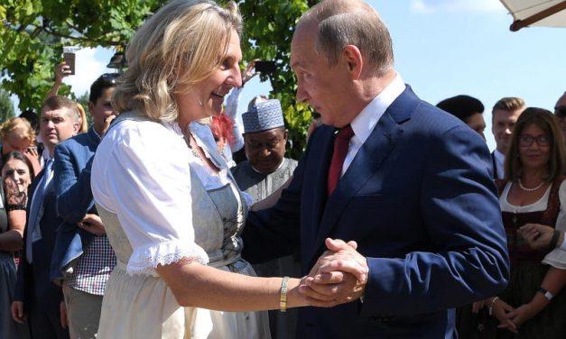 وزیر خارجه اتریش از «دیپلماسی رقص» دفاع کرد