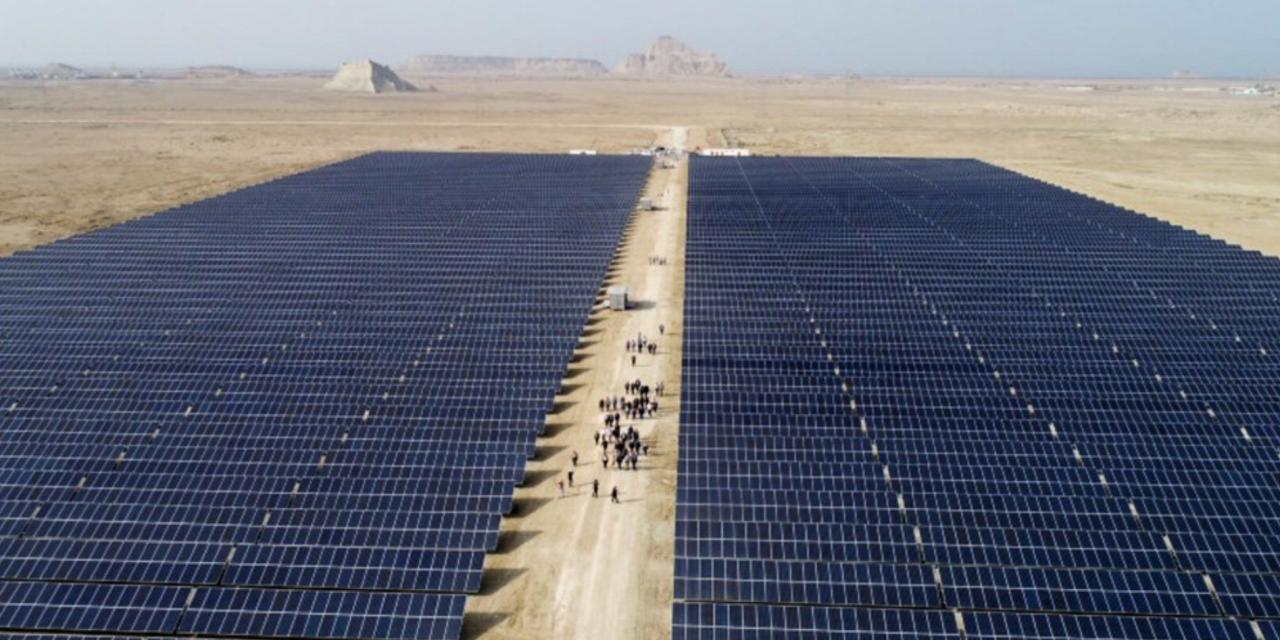 بریتانیا یک پروژه نیروگاه خورشیدی در ایران را لغو میکند