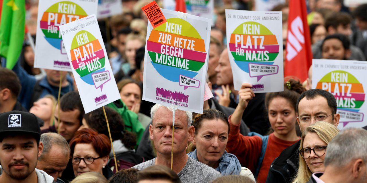 نتایج یک نظر سنجی: راست گرایی افراطی مشکل خاص «آلمان شرقی» است