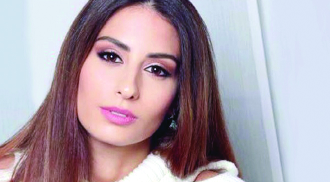 آهنگ تاجگذاری ملکه زیبایی لبنان با صدای هبه طوجی