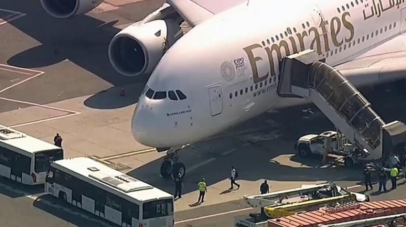 حال ۱۰ مسافر هواپیمای اماراتی در فرودگاه نیویورک ناخوش شد