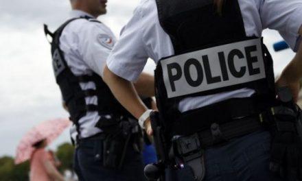 آهنگ «سفیدپوستان را به دار بیاویزید» در فرانسه جنجال به پا کرد