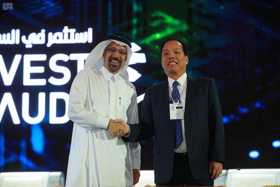سعودی تا۲۰۳۰ مبلغ ۴۲۷ میلیارد دلار سرمایه جذب میکند