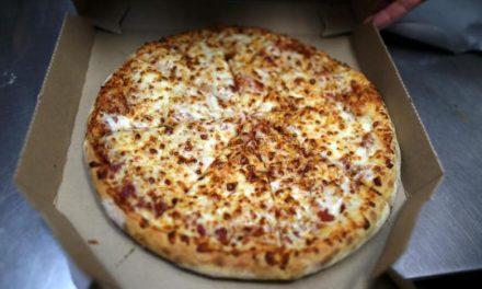 تدابیر ویژه انگلیس علیه پیتزا