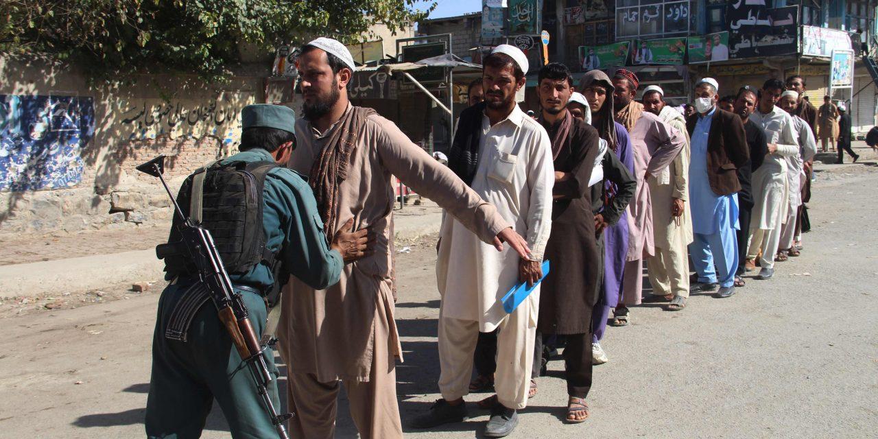 صدای انفجار در حوالی مراکز رای دهی در کابل شنیده شد