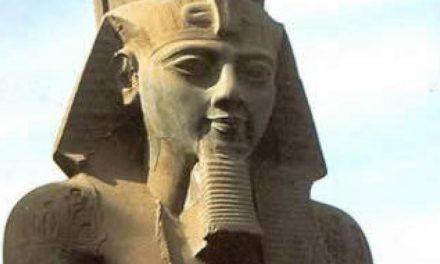 ورود فرعون رامسس دوم به موزه بزرگ مصر تحت تدابیر شدید امنیتی