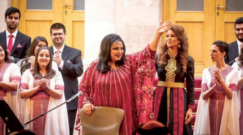 نوستالژی سمیره توفیق خواننده محبوب عرب با عباهای خود