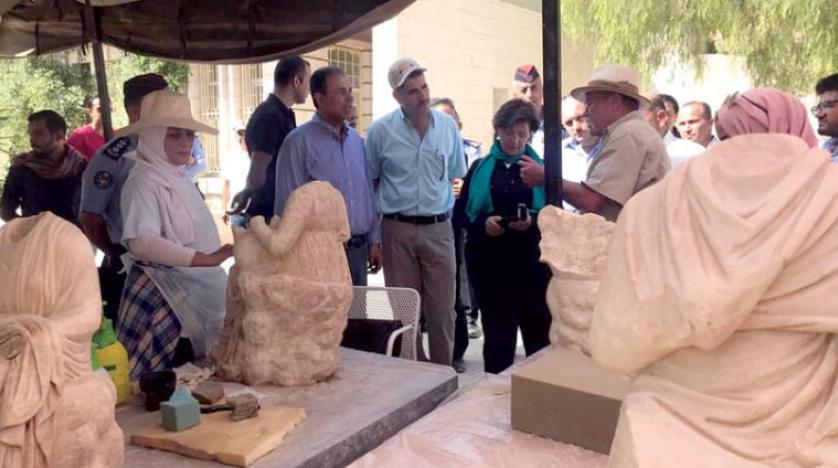 کشف مجسمه های روم باستان در شهر جرش اردن