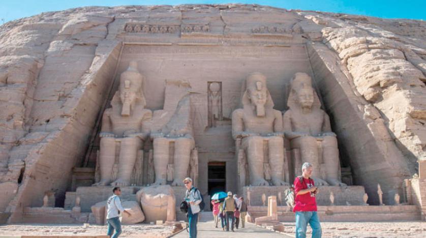 معبد ابوسمبل رتبه اول فهرست عجایب هفتگانه مصر باستان