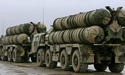 پاریس: استقرار اس -۳۰۰ نشانه تنش نظامی است