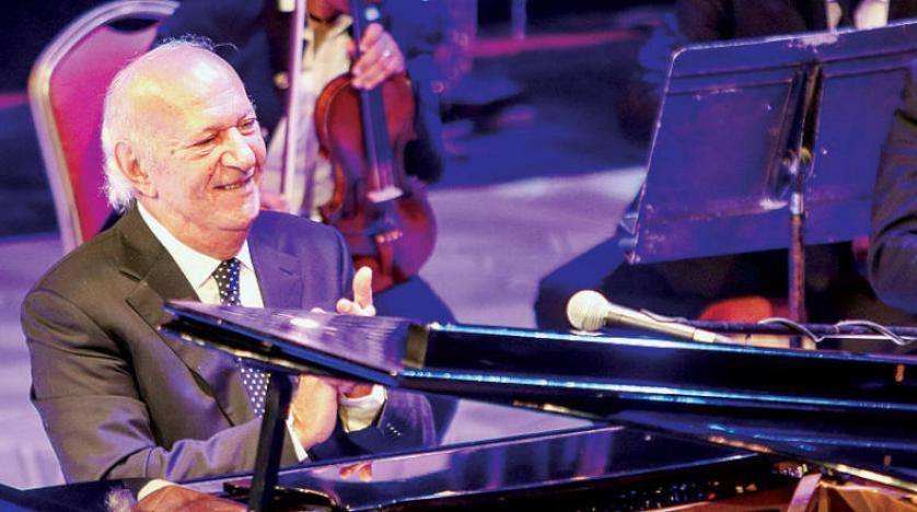 حضور خیره کننده عمر خیرت در شبهای «موسیقی عربی» در قاهره