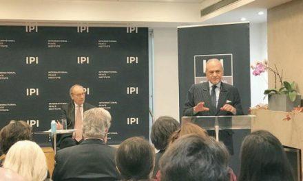 ترکی بن فیصل: ایران به دلیل فلسفه انقلاب و صادر کردن آن در منطقه گردنکشی میکند