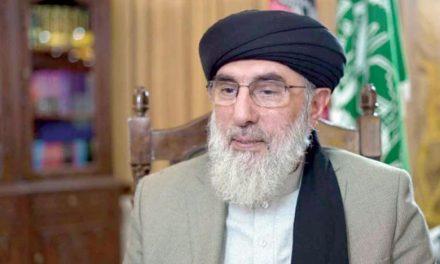 حکمتیار به «الشرق الاوسط»: ایران بیشترین آسیب را به افغانستان وارد کرد
