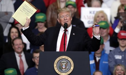 ترامپ: ایران بالاخره «به هوش خواهد آمد» و برای توافق جدید مذاکره می کند