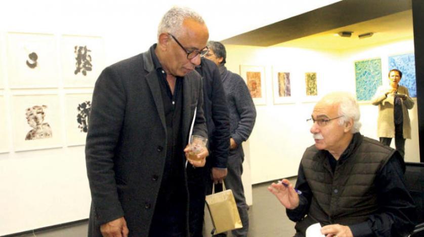 شاعر و نقاش مراکشی از حق خود در «نوشتن با رنگها» دفاع میکند