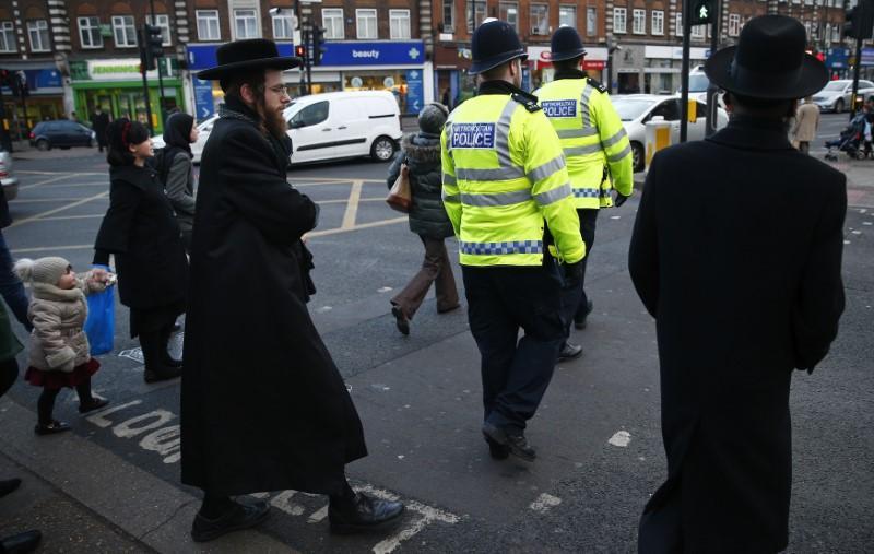 ۴۰ درصد از یهودیان انگلیس قصد مهاجرت از این کشور را دارند