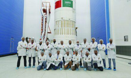 سعودی دو ماهواره رصد را برای استفاده در پروژههای ملی به فضا پرتاب کرد