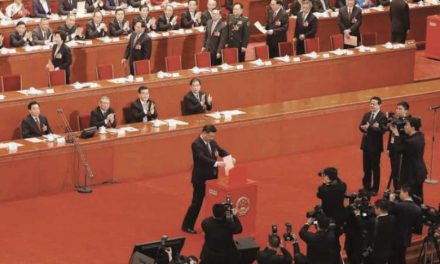 چین در ۲۰۱۹: افزایش مرکزیتگرایی و مشکلات طرح «یک کمربند یک جاده»
